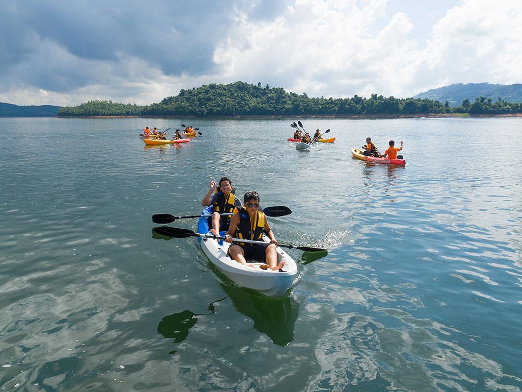 Image result for hồ phú ninh teambuilding